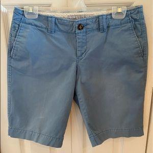 Bermuda shorts in soft blue cotton